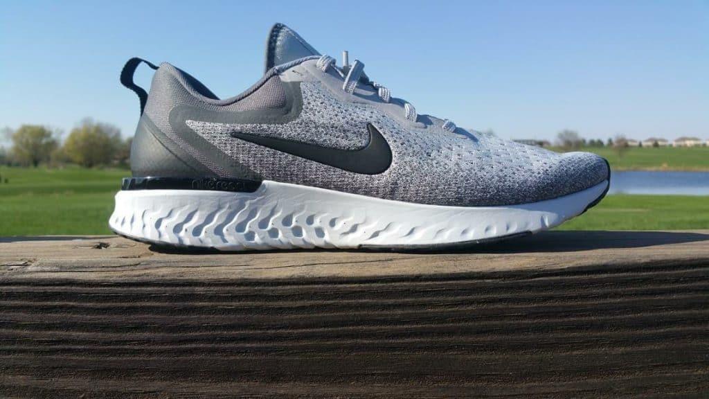 Nike Odyssey React Боковая сторона