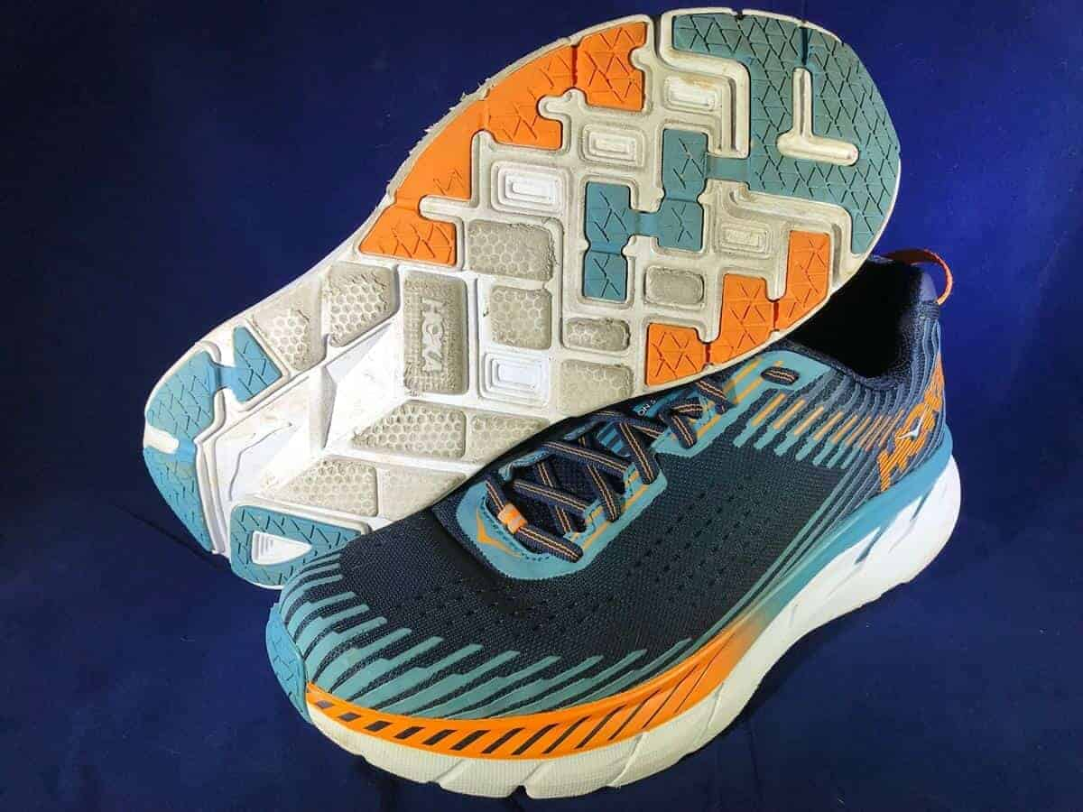 Hoka-One-One-Clifton-5_Pair