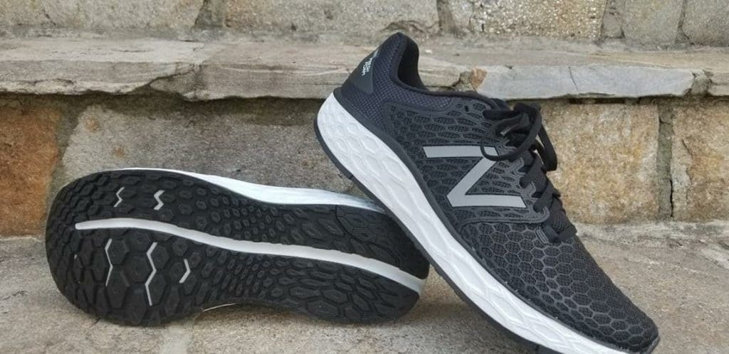 Пара New Balance Fresh Foam Vongo v3