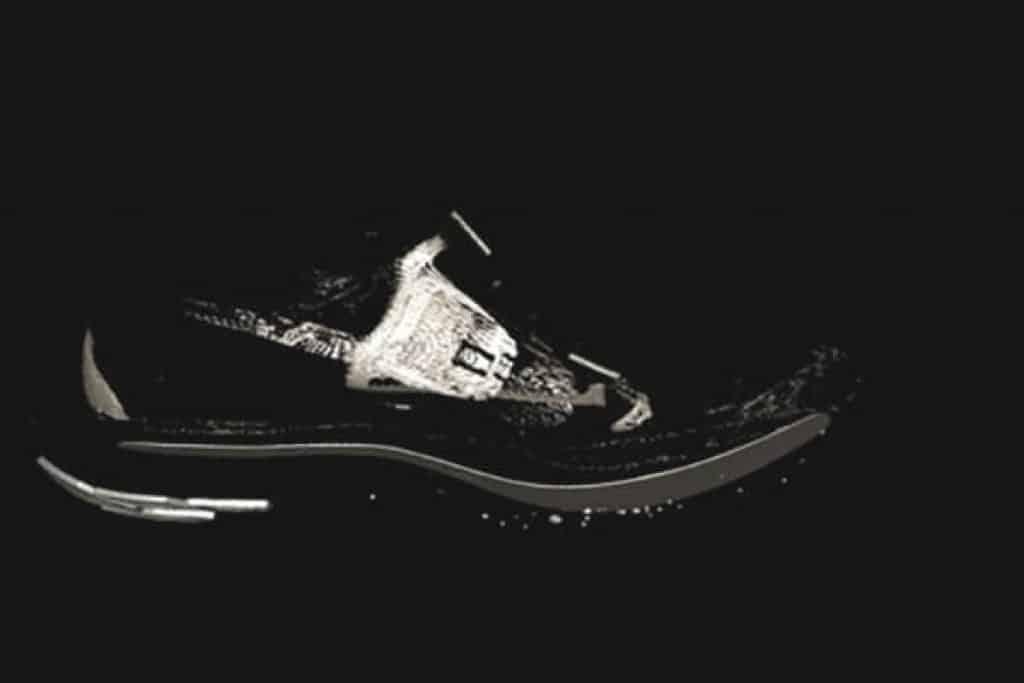 Nike Vaporfly Elite на снимке со сканера