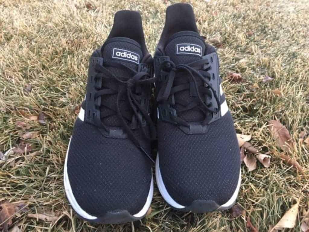 Adidas Duramo 9 - вид спереди