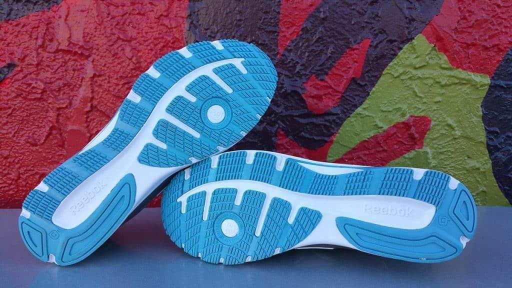 Reebok Ahary Runner - пара кроссовок