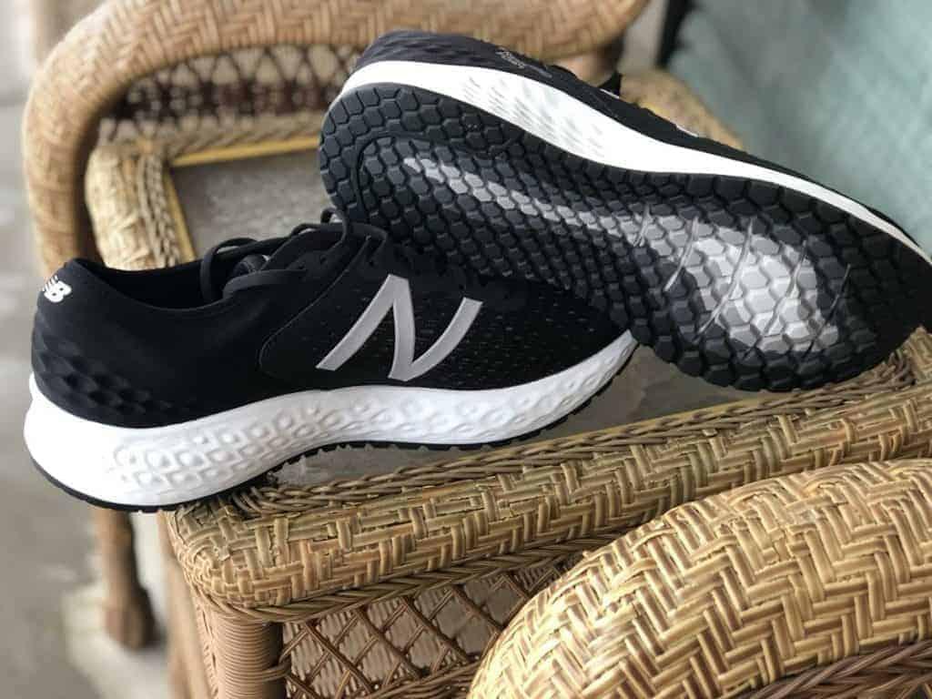 New Balance 1080v9 - пара кроссовок