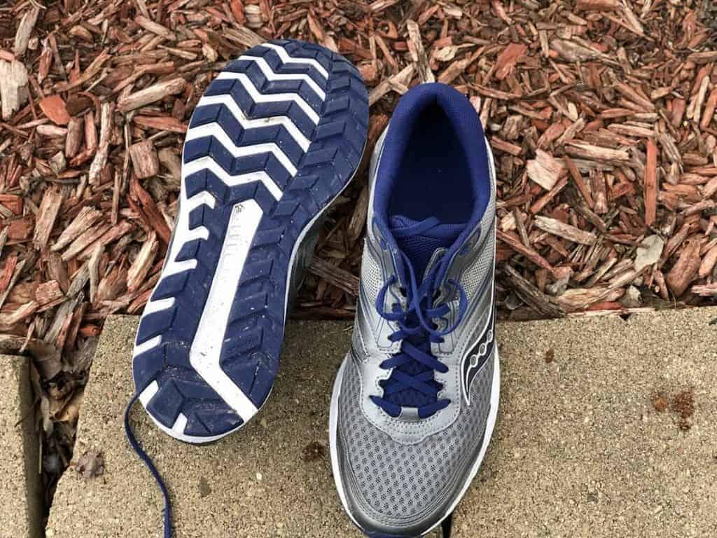 Saucony Cohesion 12 - пара кроссовок