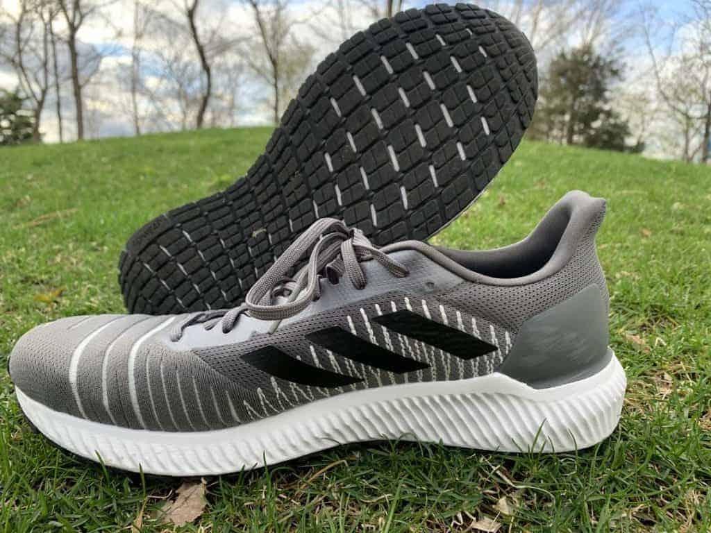 Adidas Solar Ride - пара кроссовок
