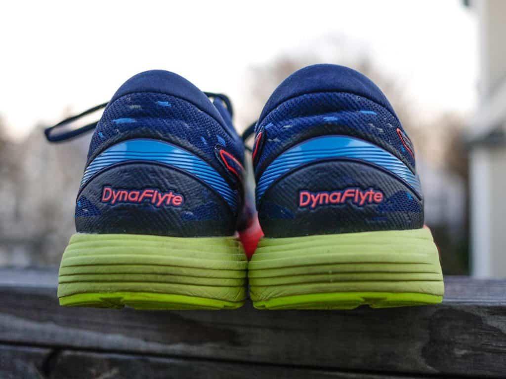 Asics DynaFlyte 4 - Пятка