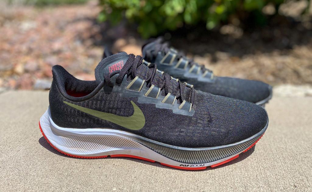 Nike-Zoom-Pegasus-37-pair