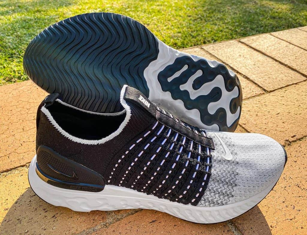 Nike React Phantom Run Flyknit 2 - Пара кроссовок