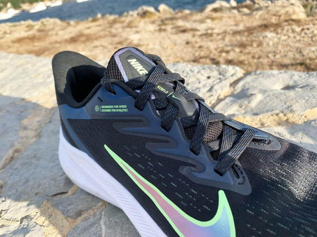 Nike Air Zoom Winflo 7 - Шнуровка