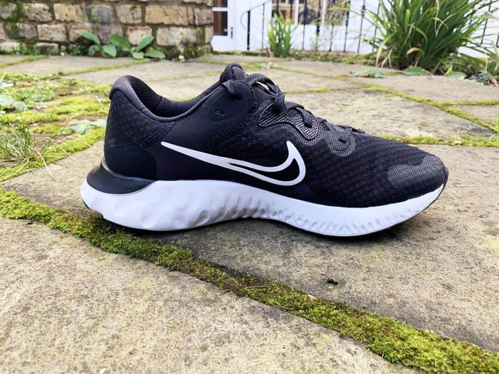 Nike Renew Run 2 - вид сбоку