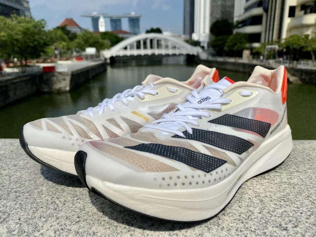 Adidas Adizero Adios Pro 2 - Вид спереди и сбоку