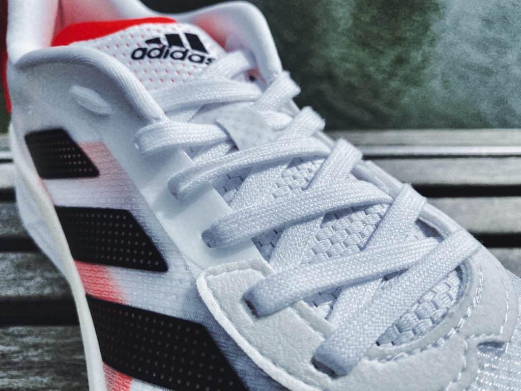 Adidas Adizero Boston 10 - Шнуровка