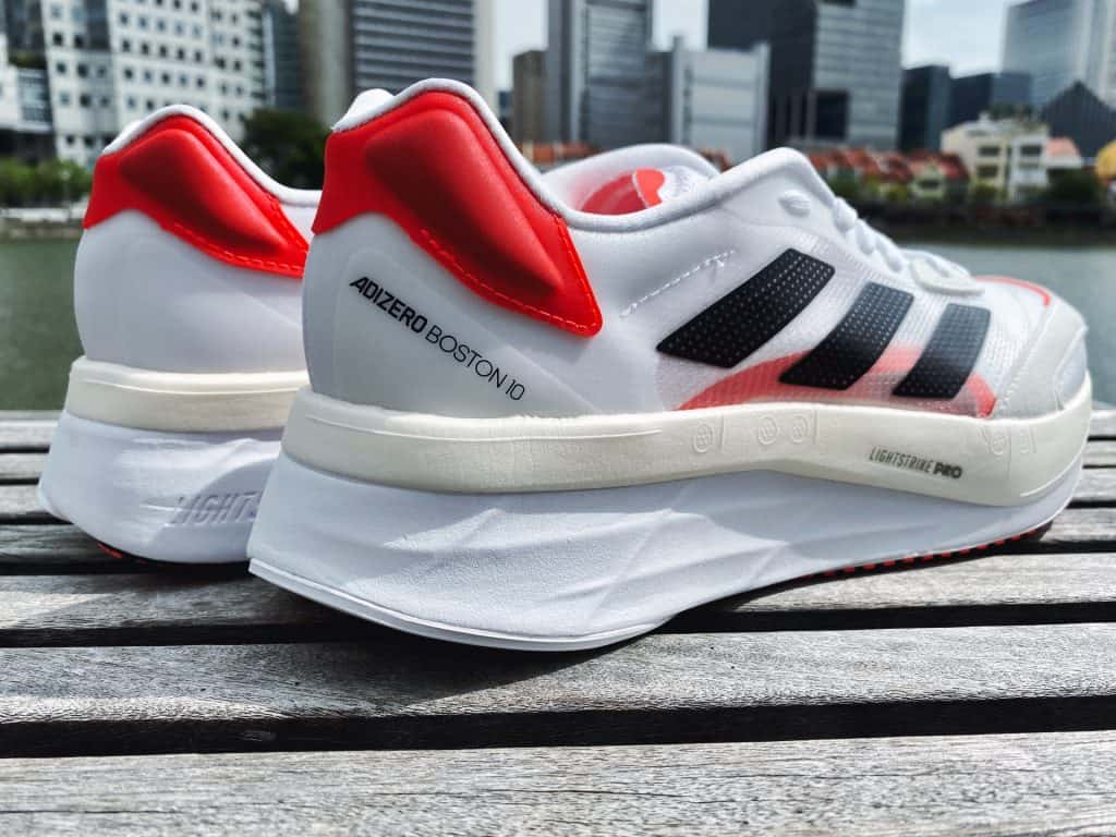 Adidas Adizero Boston 10 - Вид сзади