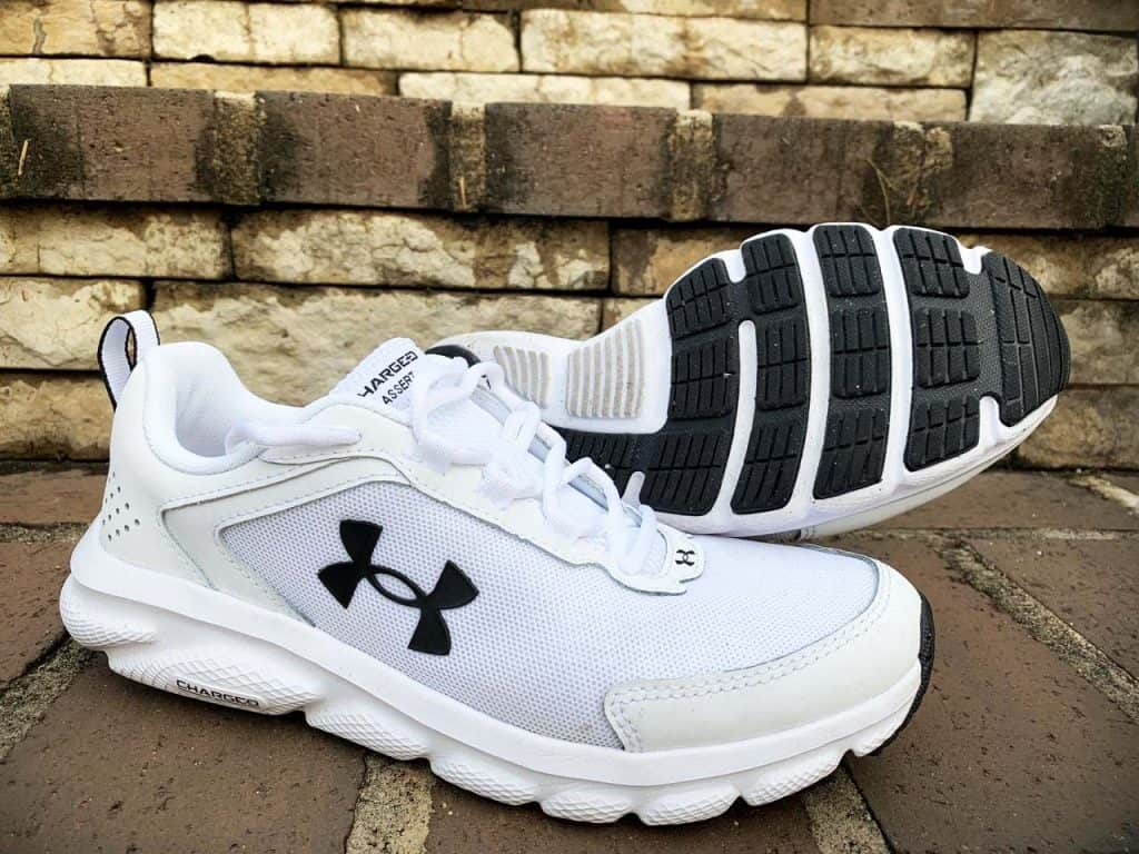 Under Armour Charged Assert 9 – Пара кроссовок
